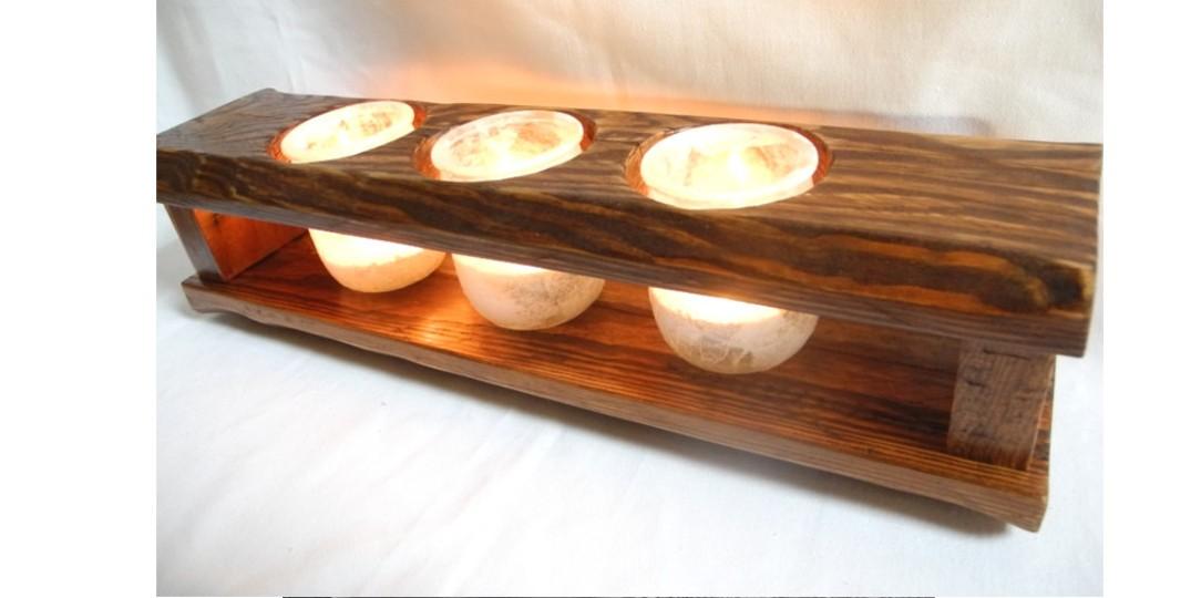 Récup' et fêtes, bougeoirs pour 3 bougies avec du bois de palette et des pots en verre
